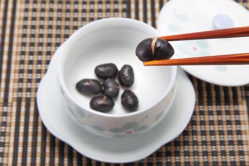食べられる黒豆茶